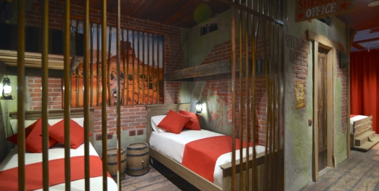Gardaland-Adventure-Hotel_Camera-West-doppia_low-1